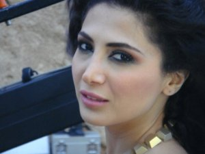 Lucinas Clip Make up by the Lebanese Make up Artist Hala Ajam!