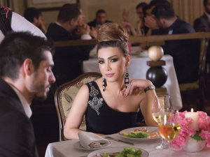 Nawal El Zoghbi latest music video makeup by Hala Ajam