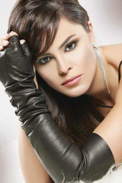 Norma Naoum Miss Lebanon 1999 makeup by Hala Ajam