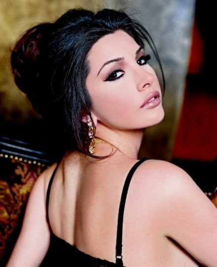 Lamitta Frangieh 1st runner up for Miss Lebanon 2004 makeup by Hala Ajam