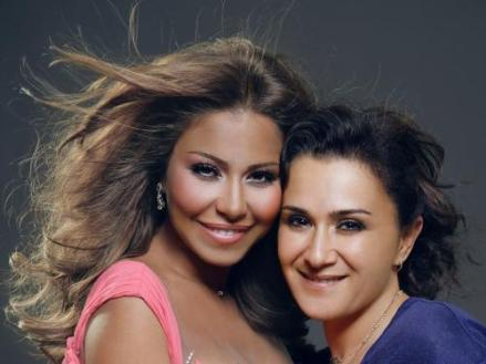 هالة عجم، أخصائية تجميل الفنانة شيرين عبد الوهاب