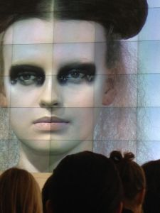 2nd Look, gothic look in a modern fashionable way